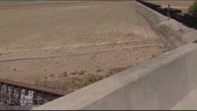 News video: Raw: Train Derails After Overpass Collapse